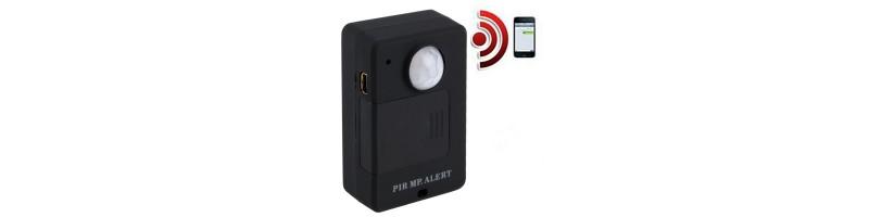 Vezeték nélküli mini PIR mozgásérzékelő, GSM riasztó, EU dugaljal fekete színben