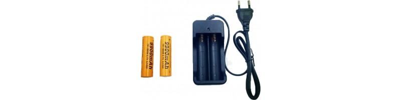 TRB 9900mAh-es 18650 Li-ion újratölthető elem, akkumulátor, töltővel és USB kábellel 3.7V